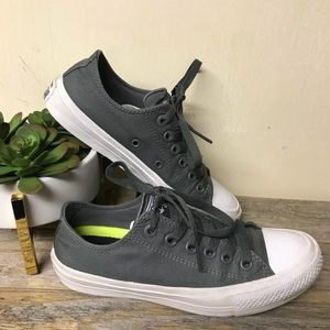 Converse Chuck Taylor II All Star Sneakers Grey
